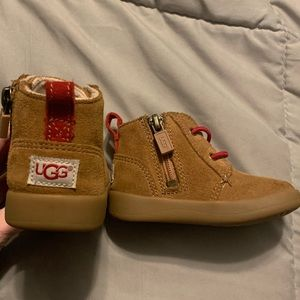 Baby UGG boots (size 2/3)